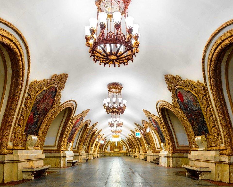 モスクワ10